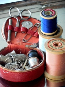 sewing-907803_640