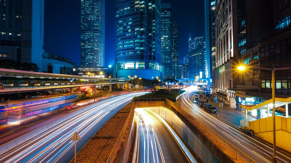 Smart Cities to Become More Connected, Personalized: MIT-startup Soofa creates digital content board, the Soofa Sign